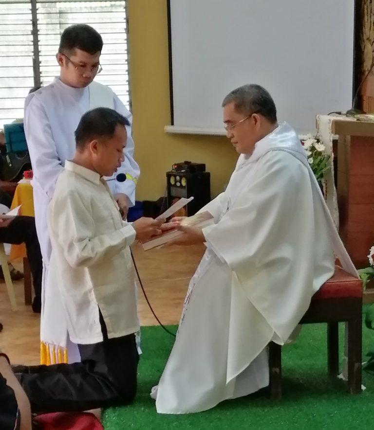 Iloilo, Philippines: Mill Hill Student takes Temporary Oath