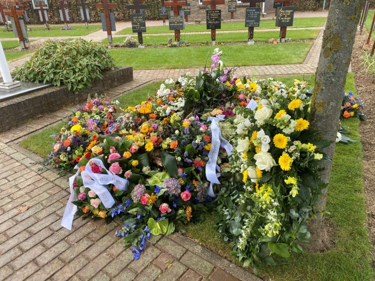 Burial of Two Mill Hill Missionaries who Fell Victim to Covid-19