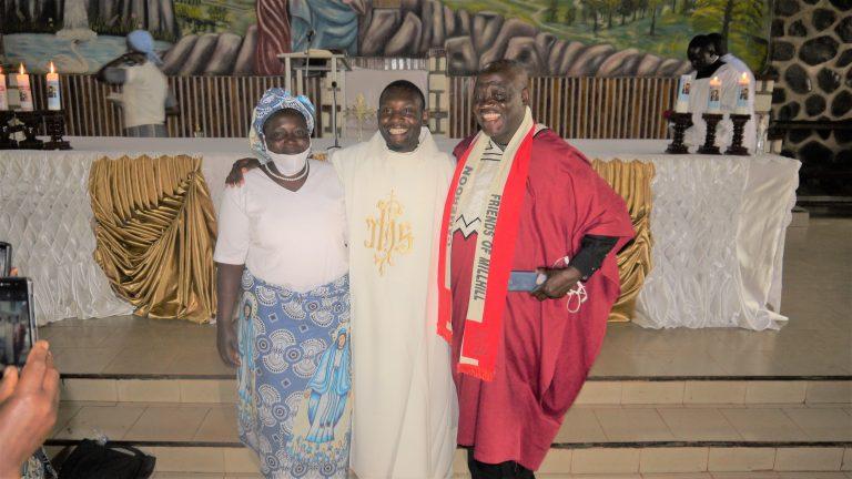 Tobin, Cameroon: Ordination Patrick Bongmoyong Ndzedzeni MHM