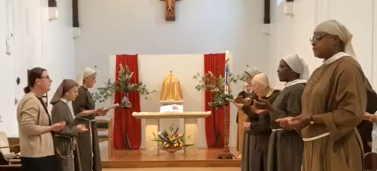 'Light for the World': Poor Clares of Arundel Release Beautiful Plainchant Album